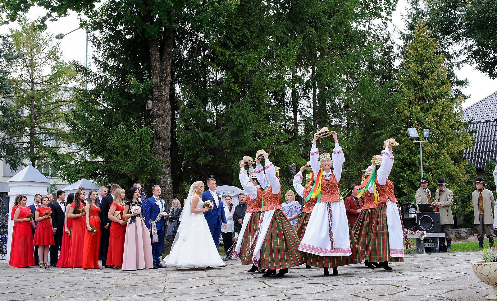 Traditional Lithuanian weddings